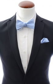 Light blue self-tie bow tie and handkerchief silk