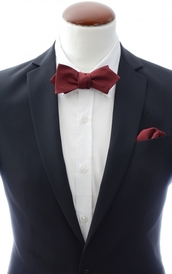 Diamond tip Self Tie Bow Tie + Handkerchief Burgundy
