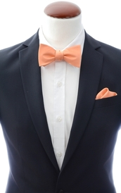 Apricot self-tie bow tie and handkerchief silk