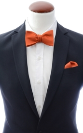 Rust orange self-tie bow tie and handkerchief silk