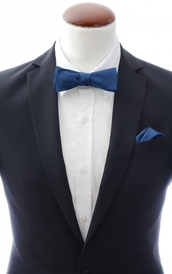 Slim Self Tie Bow Tie + Handkerchief Navy