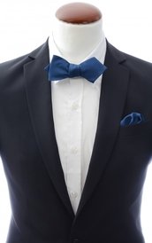 Diamond tip Self Tie Bow Tie + Handkerchief Navy