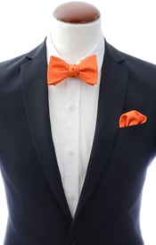 Orange self-tie bow tie and handkerchief silk