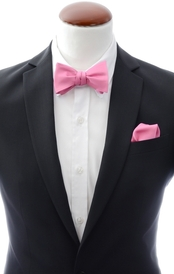 Dark pink self-tie bow tie and handkerchief silk