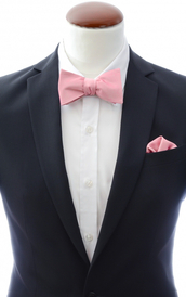 Light pink self-tie bow tie and handkerchief silk