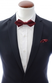 Diamond tip Bow Tie and Handkerchief Burgundy