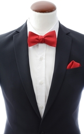 Red self-tie bow tie and handkerchief silk