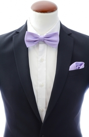 Light purple bow tie and handkerchief silk